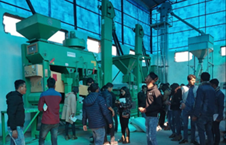 DGGW Builds Seed System Capacity in Nepal for Young Agricultural Professionals