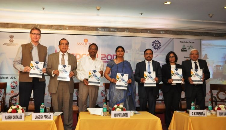 """Embracing Innovation, Driving Growth Across Healthcare Continuum – """"Making in India"""""""